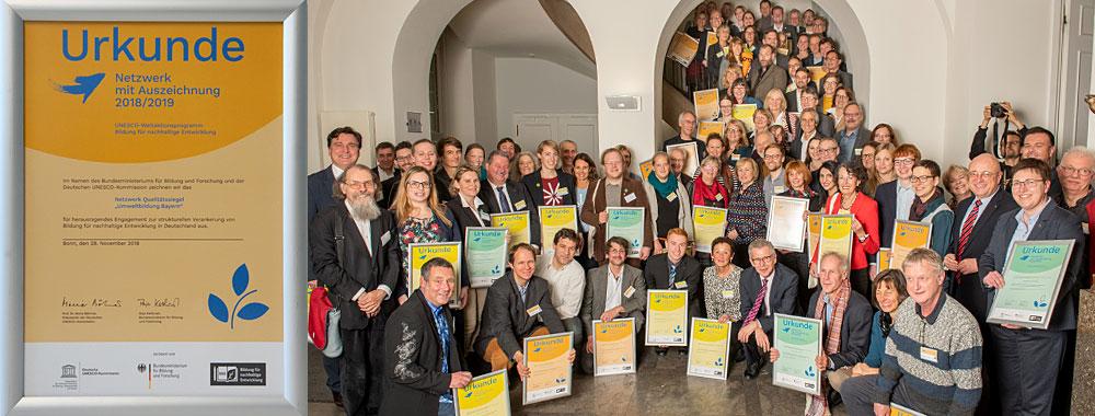 """Ausgezeichnet: Das Qualitätssiegel """"Umweltbildung.Bayern"""" ist Vorbild für Nachhaltigkeit"""