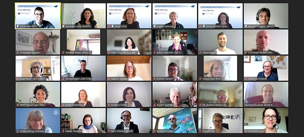 Teilnehmer*innen der Online-Abschlusspräsentation des Pilotprojekts FOLE-BNE